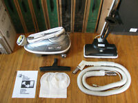 TRISTAR COMPACT DXL VACUUM CLEANER MINT REFURBISHED + WARRANTY