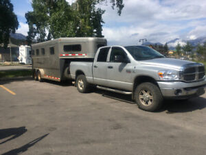 2002 3 Horse Southland Trailer REDUCED for the last time