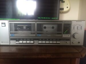 Sanyo RD w340 stereo cassette deck