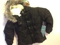 Très beau manteau d'hiver neuf pour filles Old Navy