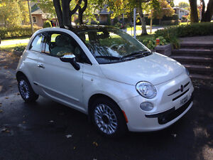 2013 Fiat 500 Lounge Coupe (2 door) - LOW KM !!