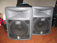 PEAVEY PR15 400 WATT SPEAKERS.