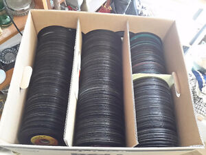 JUST ARRIVAL LOT OF 700  RECORDS 45 ' S    MIXED ROCK  120.00