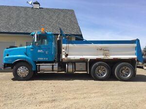 Volvo gravel truck / dump truck
