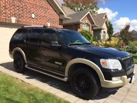 Ford Explorer 4x4 LOW KM Eddie Bauer SAFETIED & E TESTED