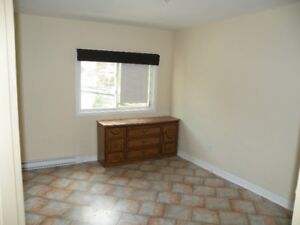BEST VALUE !! WEST END HALIFAX 3 + BEDROOM ACT FAST !! $925