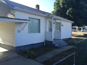 House Forsale - 2 Bdr/1 Bath - Large Corner Lot