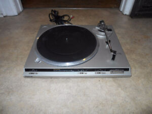Technics SL-QD3 Direct Drive automatic turntable  Awesome sound!