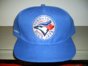 Toronto  Blue Jays / Bud Light Ball Cap *NEW*