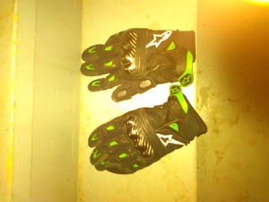 Motorcycle gloves, with knuckle protectors, sz Large