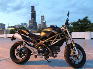 Ducati Monster Special Édition 796