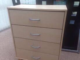 Lovely 4 drawer chest of drawers