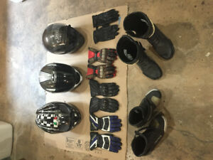 Motorcycle helmets, gloves and boots