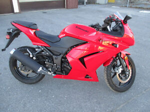 Kawasaki ninja mint condition