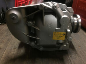BMW Rear Differential NEW ORIGINAL 33107560607