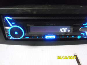 nice sony bluethoot am/fm cd and aux output for cell
