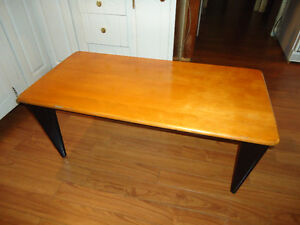 50% REDUCED  Pretty coffee table COMES WITH FREE EASY CHAIR