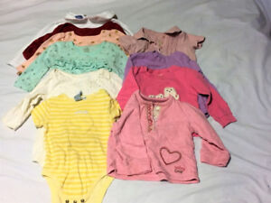 Lots de Vêtements fille 12-24 mois / Girls clothing 12-24 mths