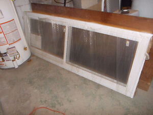 BRAND NEW 2 DOUBLE HUNG WINDOWS 28X78 AND 30X78