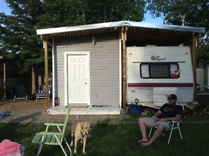 trailer with add on for sale in Elks Park on Lac La nonne