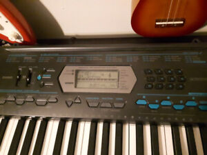 Casio 64 key keyboard 300+ different sounds