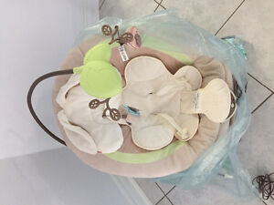 Fisher Price deluxe baby bouncer (new)