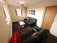 82 Hyde Park Close - HOUSE SHARE - 3 Rooms Available
