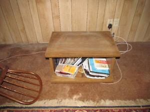 table pour TV a donner
