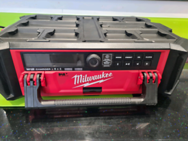 Milwaukee packout stereo