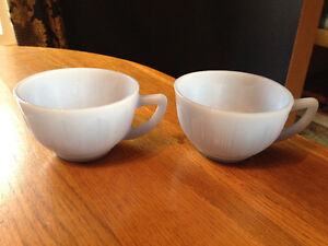 PYREX DELPHITE BLUE PIECRUST 3 CUPS, 2 SAUCERS London Ontario image 5