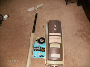 Electrolux Canister Vacuum Model LE