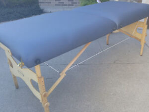 REREDUCED PRICE! ...$125... 28by72 portable massage table w bag