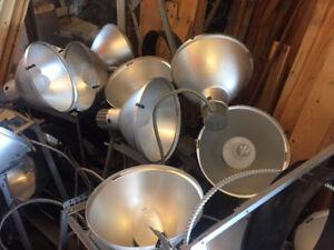 Lampes commerciales industrielles
