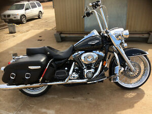 Mint *Harley Road King Classic
