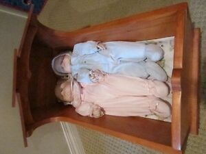 "Vintage Child Doll Rocking Cradle Handmade 17.5"" High Regina Regina Area image 5"