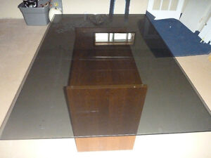 Tempered Glass Dining Room Table - Great Condition