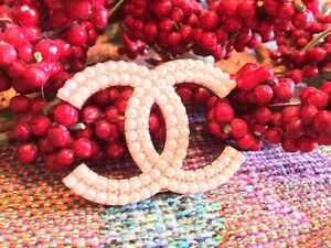 CHANEL PERLES PIN BROCHE BIJOUX CHANEL PEARLS PIN BROOCH JEWELRY