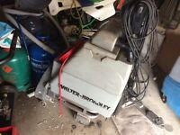 Scrubber drier cleaning machine