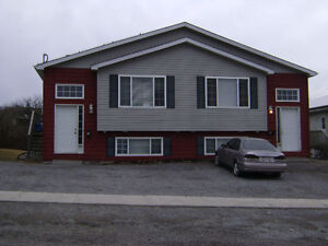 July 1: DUPLEX with 6 bedrooms ALL utilities included