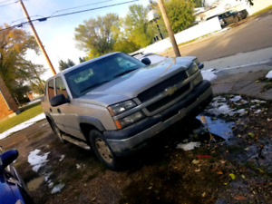 04 chevy avalanche