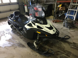 Skidoo Expedition 1200 2013