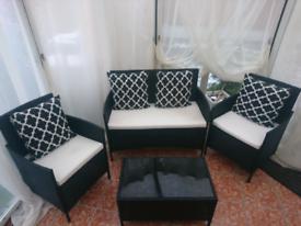 Black Rattan Garden/conservatory set