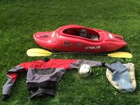 Kayak Riot air 45 + pagaie + jupette + dry top + casque