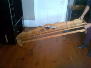 5 foot pine plate shelf and matching peices Peterborough Peterborough Area image 5