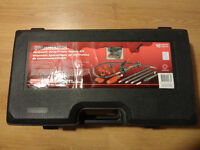 MasterCraft 4 tone Frame puller and all accessories