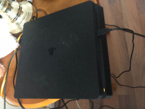 PS4 Slim ... about 8 months old ... 500gig