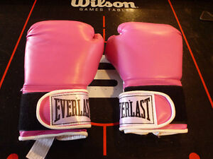 Pink Boxing Gloves -- 12 oz -- Never used