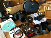 NIKON D5100 DSLR Camera 18-105mm Lens - Pristine