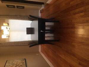 SOLD- Kitchen Table & 5 Chairs