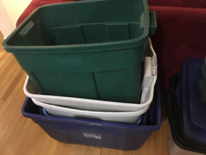 Lots of used totes for sale